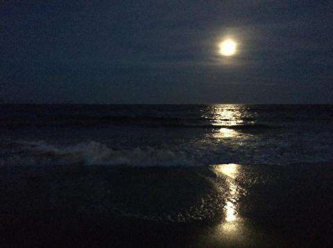 Moonrise over the ocean, Virginia Beach (#2)