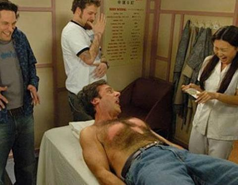 Chest waxing at the hospital (40 Year Old Virgin)