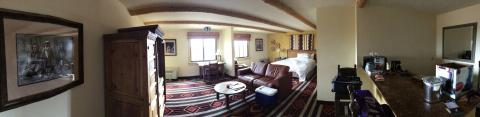 The biggie hotel room (Santa Fe, New Mexico)