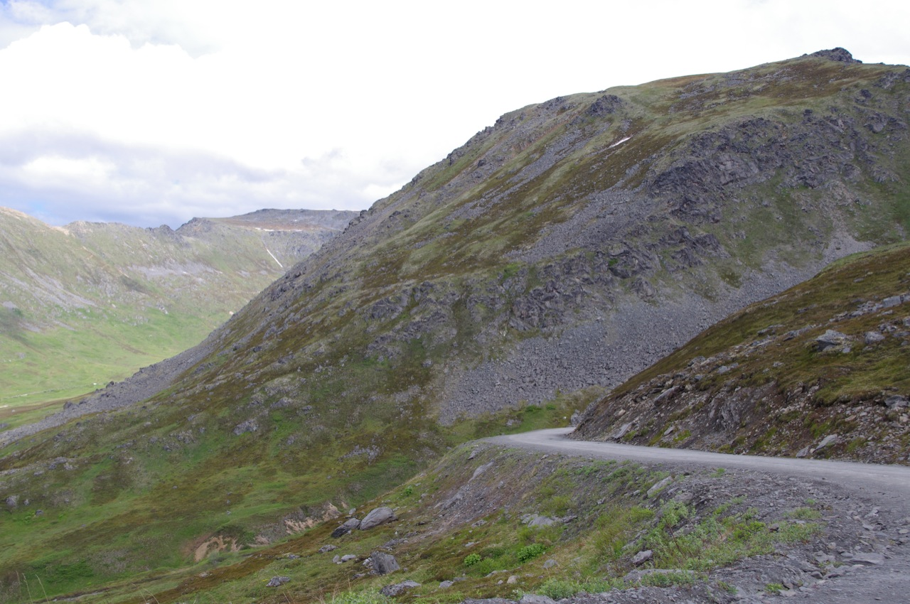 The road and mountains in Hatcher Pass, Alaska